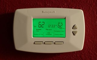 honeywell programmable thermostat saves money